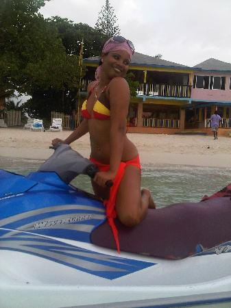 Jamaica Tamboo - I'm crazy about this place