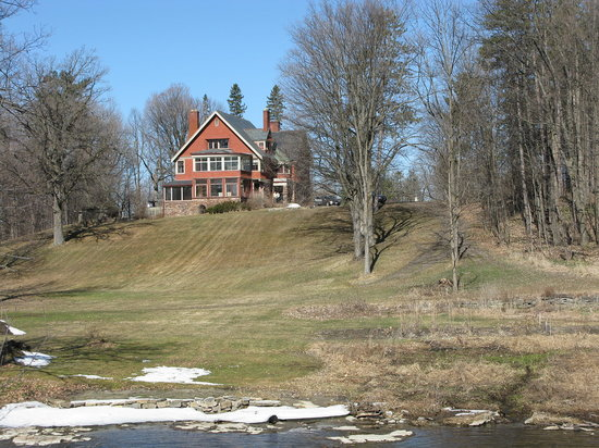 Almonte, Canadá: Mansion on the hill