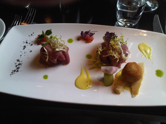 Bond: Lamb on beetroot (Appetizer or intermediate course, I can't quite remember)