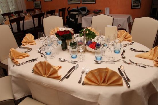 Restaurant, Auberge Le Saint-Sulpice: Table accueillante