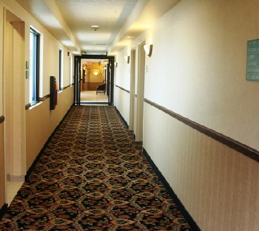 Charles Town, WV: Interior and Exterior Corridors Available!