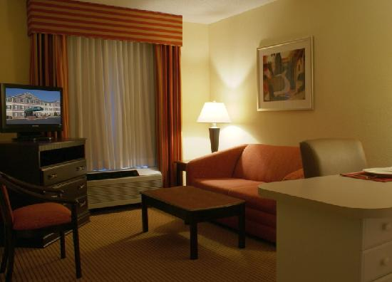 Anderson Extended Stay Hotel : Living Area