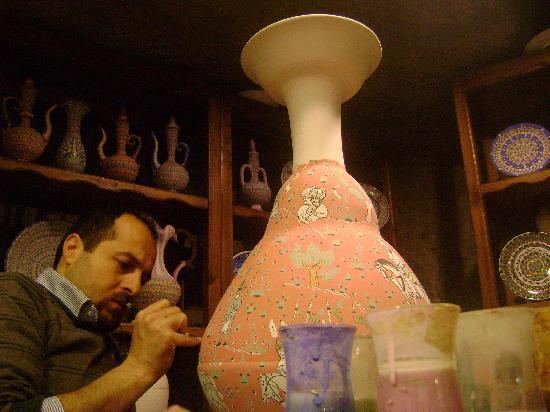 Sultans Ceramic: Rizgar Master Painting Ottoman Design