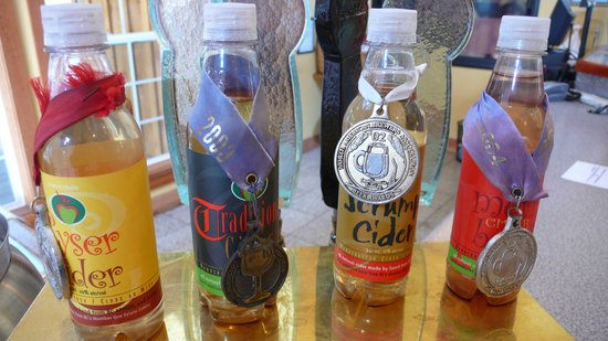 Merridale Cidery & Distillery: Never knew there could be so many kinds of ciders