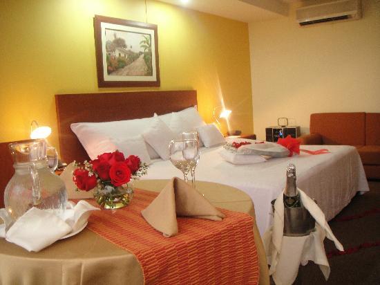 Torre De Cali Hotel: Plan Velada Romantica