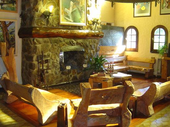 Hosteria La Posta del Cazador: Lobby Hostería