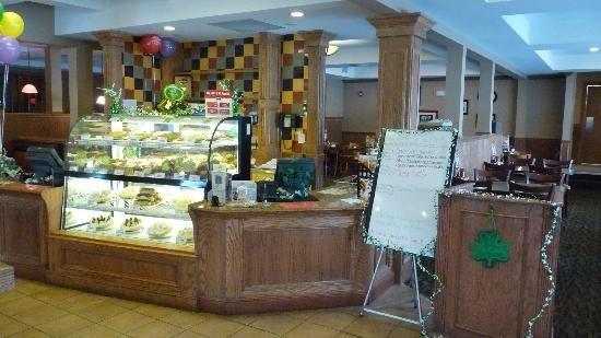 Perkins Restaurant & Bakery: Pastries Counter