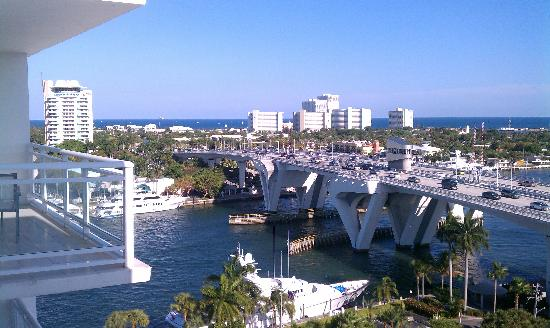 Hilton Fort Lauderdale Marina: View from room