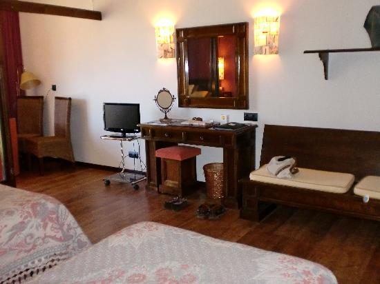 Hotel La Rectoral de Taramundi: Bedroom