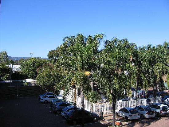 Adelaide Meridien Hotel & Apartments : view from room