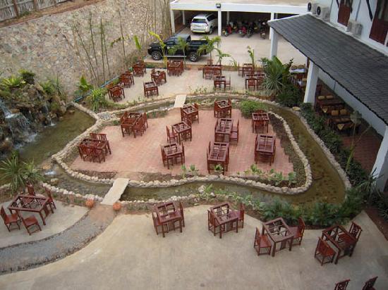 Oudomxay, Λάος: Beer garden