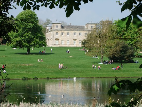 Lydiard Park: View from lakeside walk