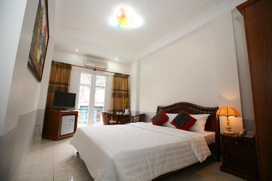 Hanoi Harmony Hotel: Deluxe double room