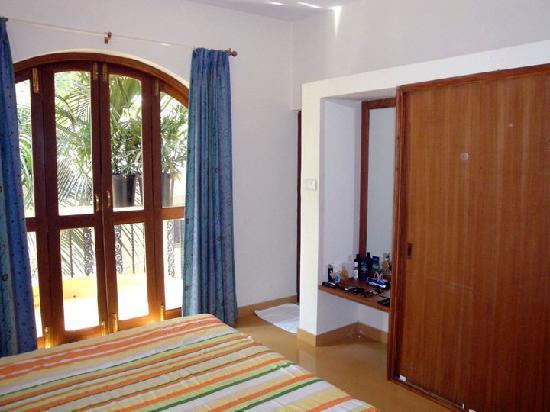 Bougainvillea Guest House Goa: Room