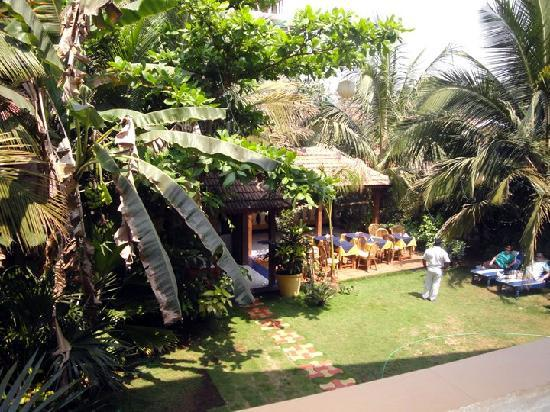 Bougainvillea Guest House Goa: View of the restaurant