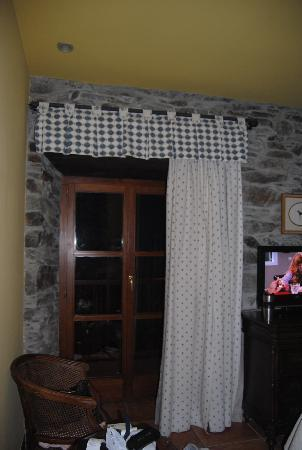 La Casona del Pio: Sillas y mesa en la habitación