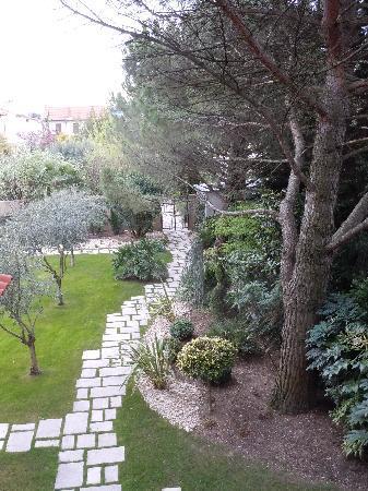 Maison Pic : Suite n°9 vue balcon sur jardin