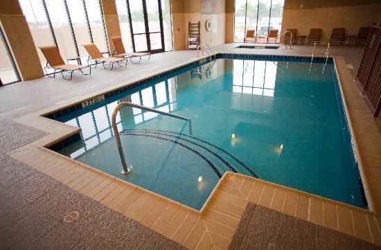 Holiday Inn Houston East-Channelview : In door Salt Water Pool