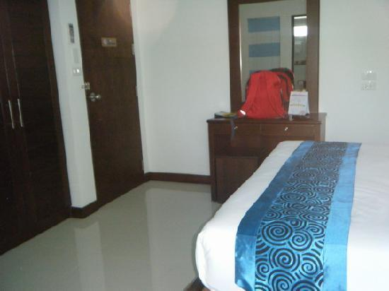Ruen Buathong Boutique Guest House: My Deluxe Room