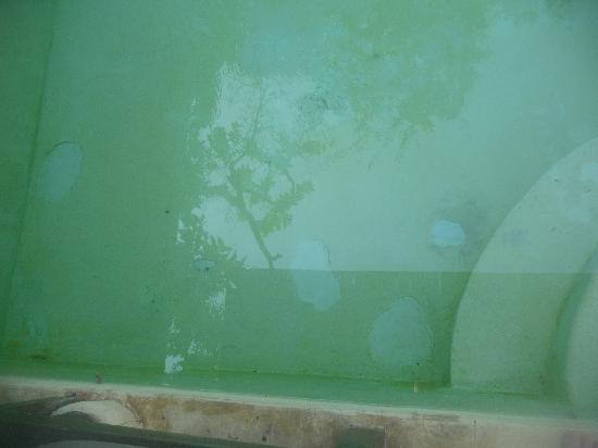 Evason Hua Hin: Pool Floor