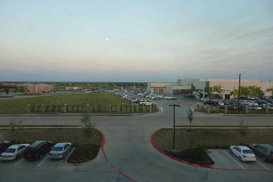 Holiday Inn Hotel & Suites McKinney - Fairview: View from our room. It was lovely and quiet