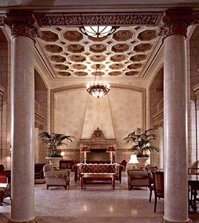 Hotel 340 Lobby