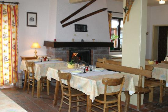 Hôtel Résidences de l'Etang du Devin : notre salle à manger