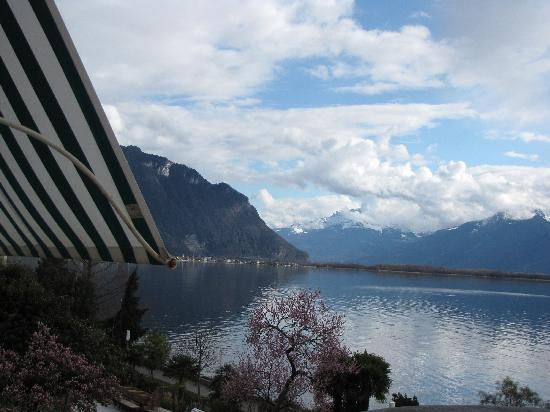 Eden Palace au Lac: View from balcony