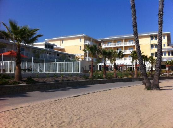Marina del Rey, Kalifornien: hotel from sand