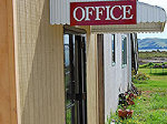 Abbey Court Motel: Office