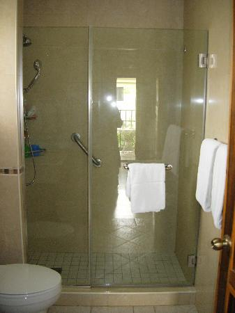 SuperClubs Rooms on the Beach Negril: bathroom ~ great shower!