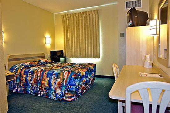 Motel 6 Sheridan: Single Queen