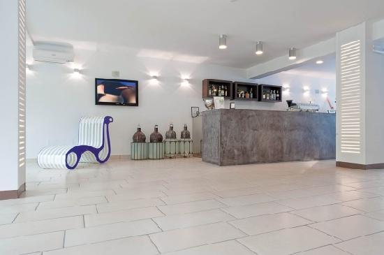 Color Mokambo Shore Design Hotel Cesenatico Italia