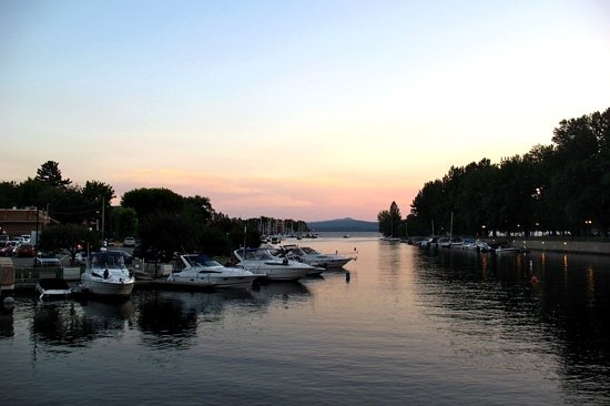 Sherbrooke, كندا: Magog river