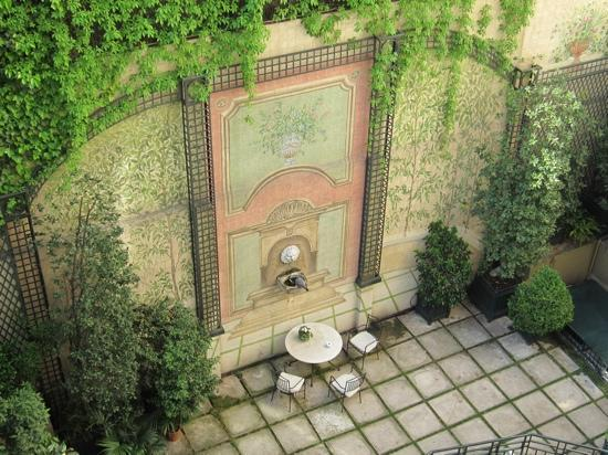 Hotel Orfila: Garden court from room 37