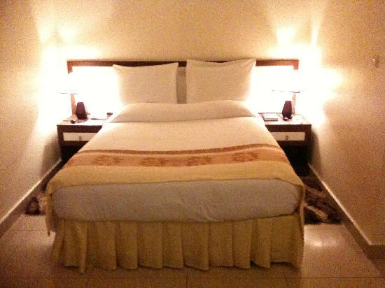 Lemigo Hotel: bed