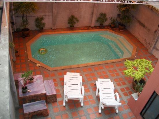 Capri Residence : Foto dal primo piano della piscina