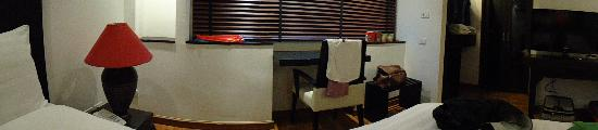 Saladee Gallery Residence: panorama view of our room