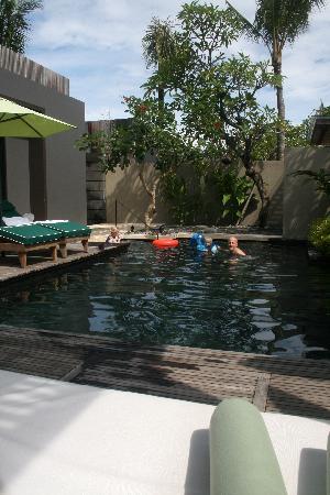 W Retreat & Spa Bali - Seminyak: Villa Poo