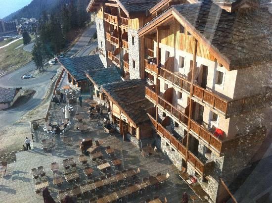 Hotel Carlina: Vue de la terrasse depuis la télécabine