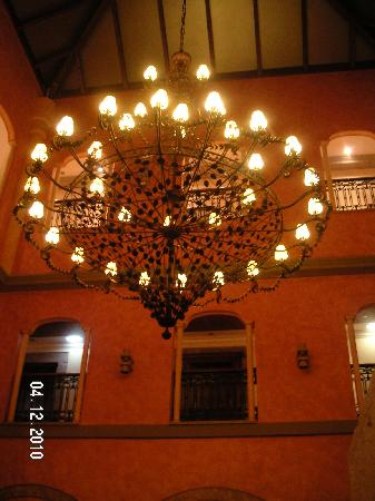 Soto del Barco, Spain: The chandelier