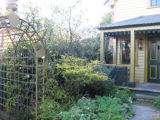 Gardeners cottage - Picture of Corinda Collection, Hobart - TripAdvisor