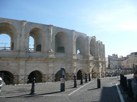 Hotel De L'Amphitheatre: Roman Arena