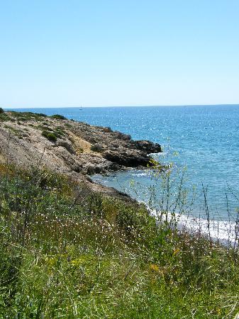 Vilanova Property Services: Walk to Sitges