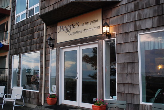 Maggie's on the Prom: welcome to maggie's