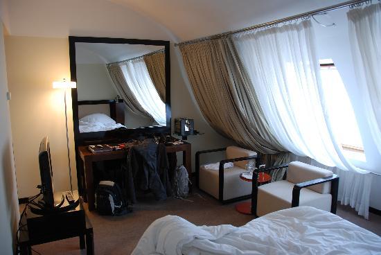 Maximilian Hotel: Room 636
