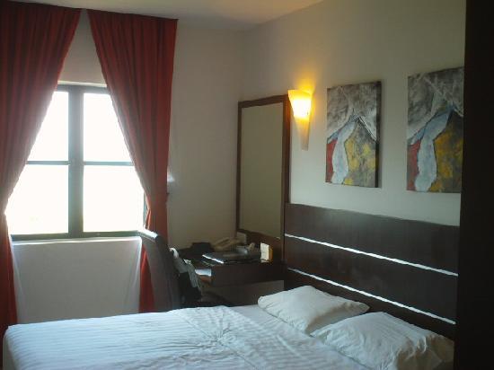 Bella Vista Waterfront: Deluxe room (seaview)