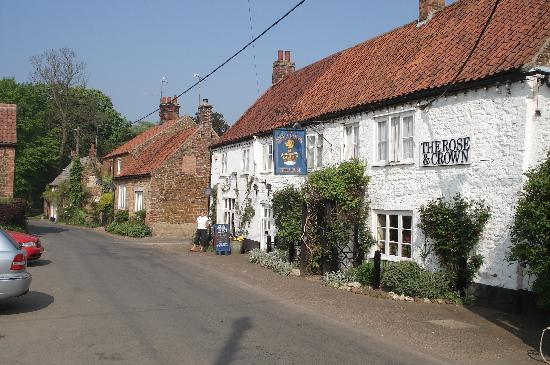 Front of the Rose and Crown Snettisham