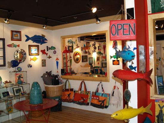 Afishinados Gallery