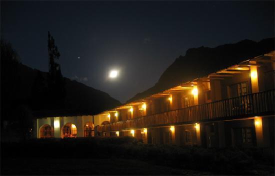 Nustayoc Lodge: DE NOCHE